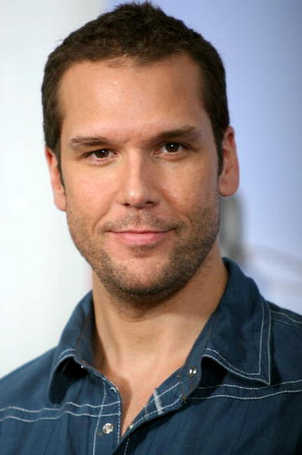 Dane Cook at the 2007 MTV Movie Awards.