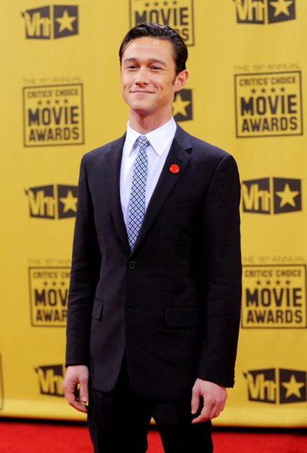 Joseph Gordon-Levitt at the 15th Annual Critics Choice Movie Awards.