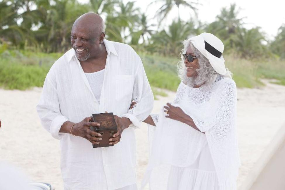 Louis Gossett, Jr. as Porter and Cicely Tyson as Ola in