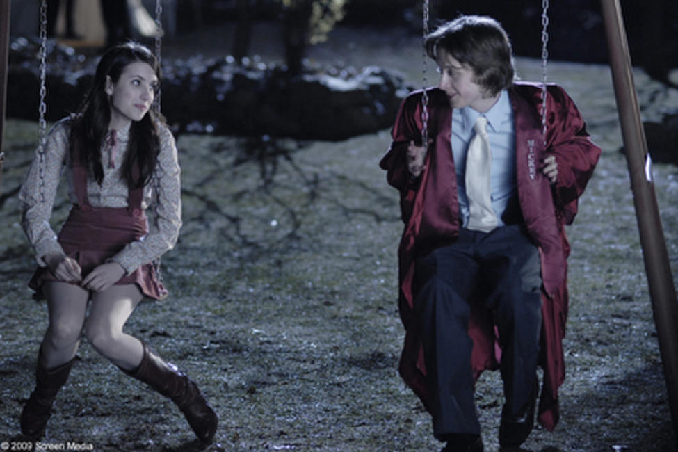 Emma Roberts as Adrianna Bragg and Rory Culkin as Scott Bartlett in