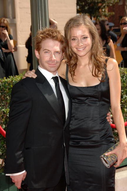 Seth Green and Candace Bailey at the 2007 Creative Arts Emmy Awards.