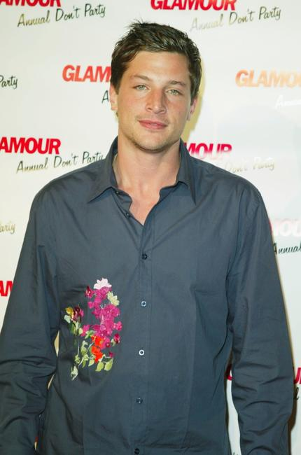 Simon Rex at the Glamour Magazines Don't Party Event.