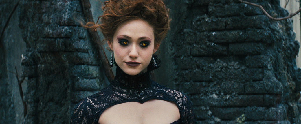 Emmy Rossum as Ridley Duchannes in