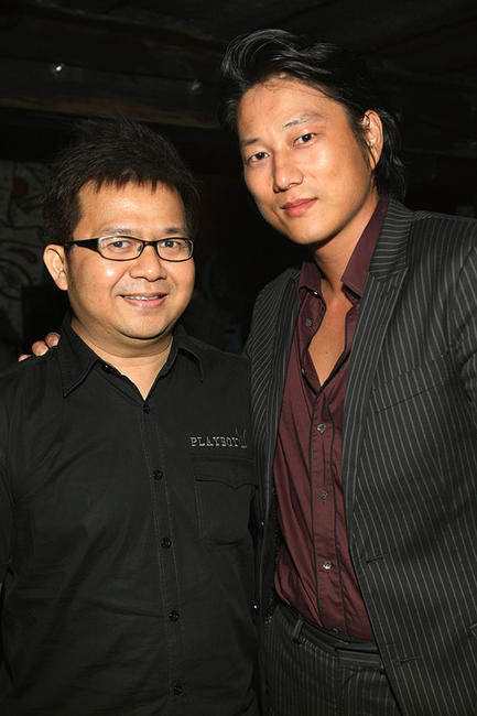 Thai director Pratchaya Phinthong and Kang Sung at the Director's party during the fifth day of the Bangkok International Film Festival 2009.