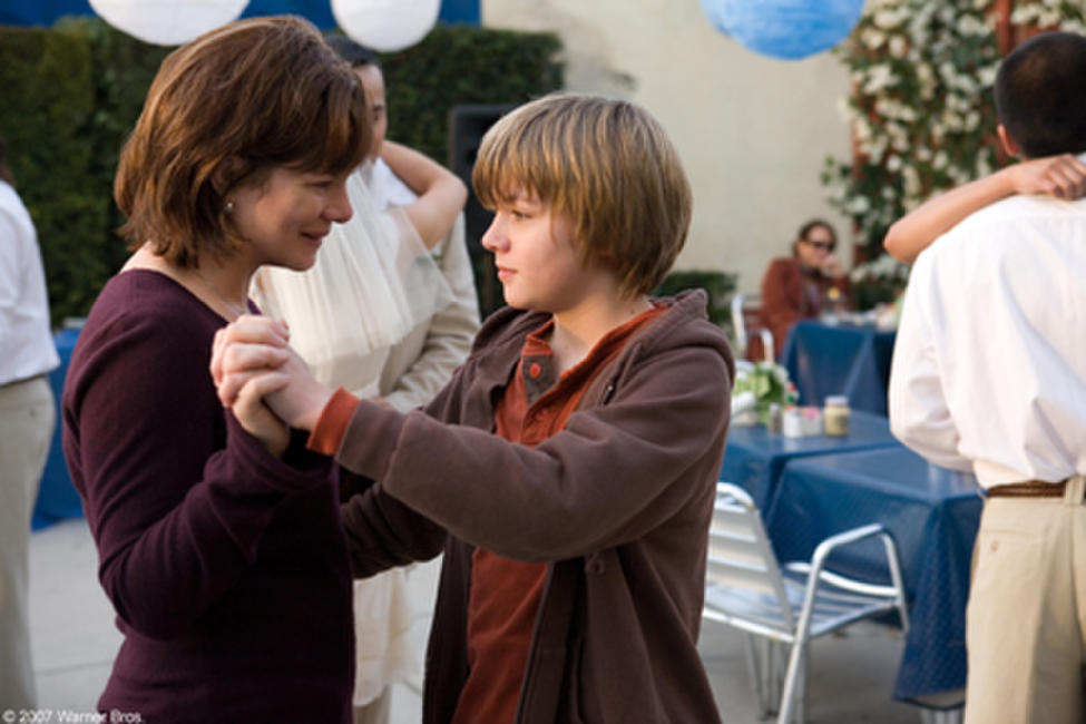 Marcia Gay Harden and Miles Heizer in