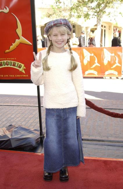 Jenna Boyd at the Los Angeles premiere of