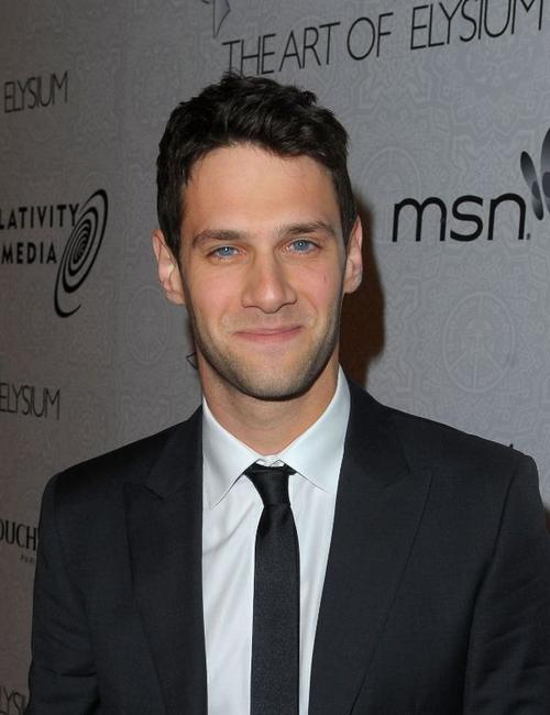 Justin Bartha at the Art of Elysium's 3rd Annual Black Tie Charity Gala