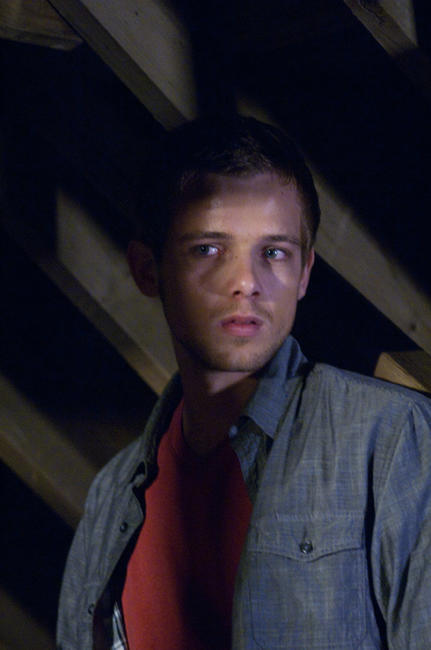 Max Thieriot in