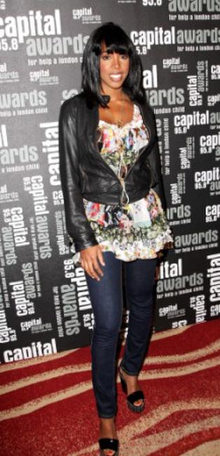 Kelly Rowland at the Capital 95.8 Awards for Help A London Child.