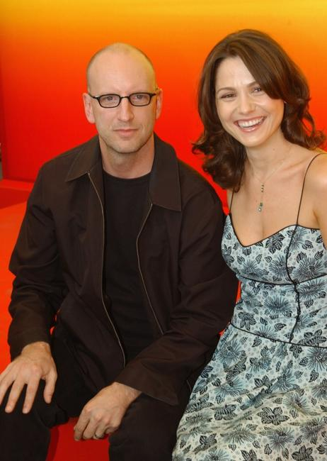 Steven Soderbergh and Ele Keats at the photocall of