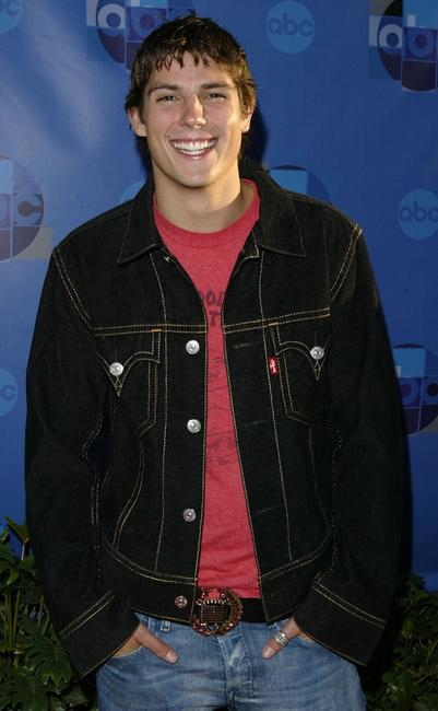 Sean Faris at the ABC Television Network 2004 Summer Press Tour All-Star Party.