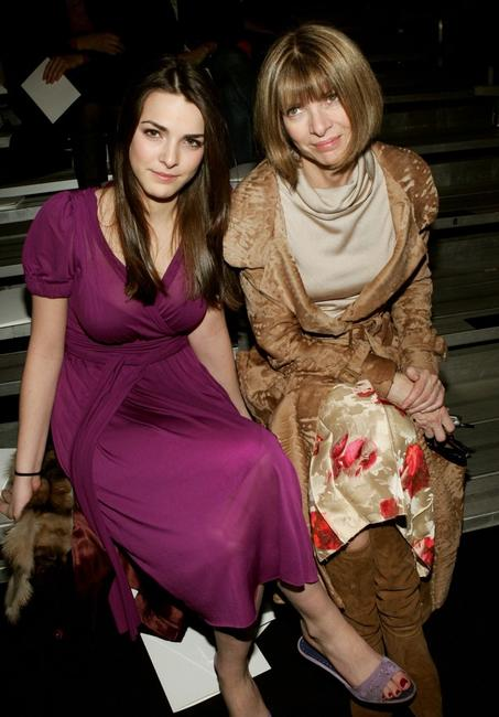 Bee Shafer and Anna Wintour at the Marc Jacobs Fall 2005 show during the Olympus Fashion week.