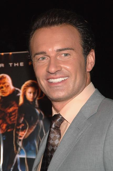 Julian McMahon at the premiere of