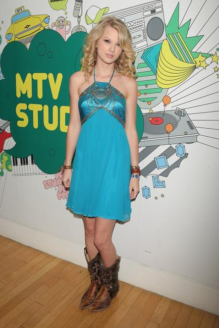 Taylor Swift at the MTV's Total Request Live.
