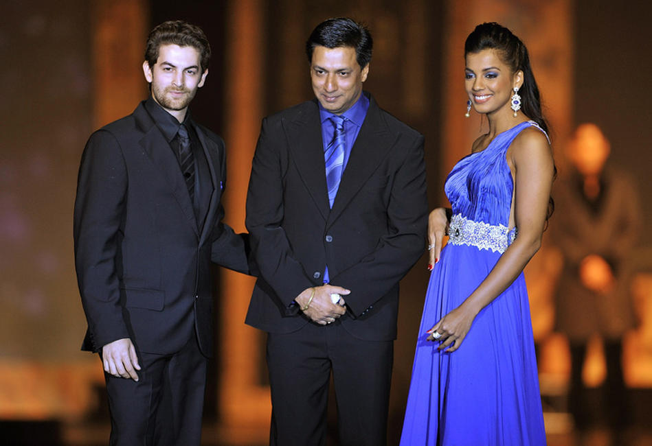 Neil Nitin Mukesh, director Madhur Bhandarkar and Mugdha Godse at the 2009 International Indian Film Academy Awards.