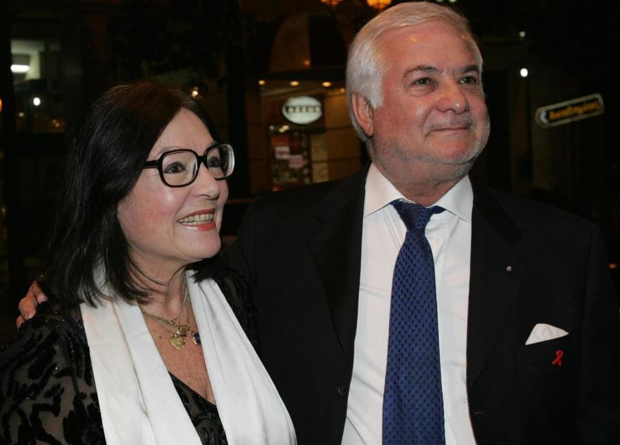 Jean-Claude Brialy and Greek singer Nana Mouskouri at the opening ceremony of the Francophone cinema festival.