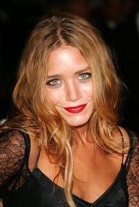 Mary-Kate Olsen at the Metropolitan Museum of Art Costume Institute Benefit Gala: Anglomania.
