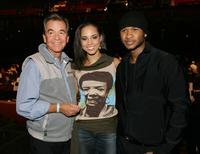 Dick Clark, Alicia Keys and Usher pose at rehearsals for the 32nd Annual American Music Awards.