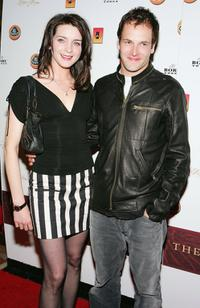 Michele Hicks and Jonny Lee Miller at the grand opening of the Venetian's new 11, 000-square-foot poker.