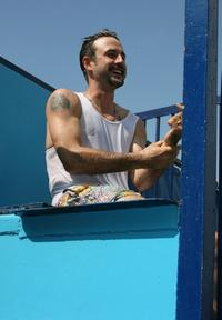 David Arquette takes part in the Dunk tank at the Kinerase Skincare Celebration on the Pier hosted by Courtney Cox to benefit the EV Medical Research Foundation.