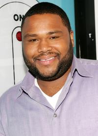 Anthony Anderson at MTV's Total Request Live.