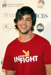 Josh Peck at the Stand Up For Cancer.
