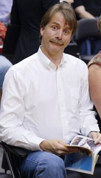 Jeff Foxworthy at the game two of the 2004 NBA Finals between the Detroit Pistons and the Los Angeles Lakers.
