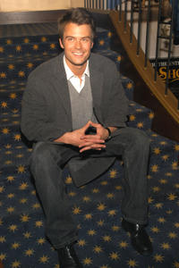 Josh Duhamel at the Win A Date With Tad Hamilton Screening in New York City.