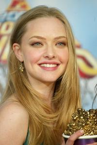 Amanda Seyfried at the 2005 MTV Movie Awards.