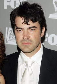 Ron Livingston at the 20th Century Fox Television and FOX Broadcasting Company 2006 Emmy party.