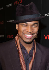 Ne-Yo at the red carpet of VEVO and Compound Entertainment's