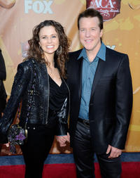 Audrey Murdick and Jeff Dunham at the American Country Awards 2010.