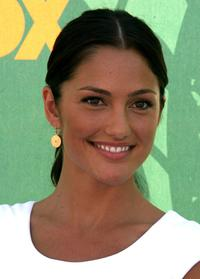 Minka Kelly at the 2008 Teen Choice Awards.