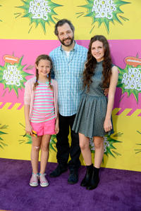 Iris Apatow, producer Judd Apatow and Maude Apatow at the Nickelodeon's 26th Annual Kids' Choice Awards.