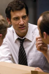 Clive Owen as Ray Koval in