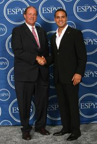 Chris Berman and Daniel Sunjata at the 2007 ESPY Awards.
