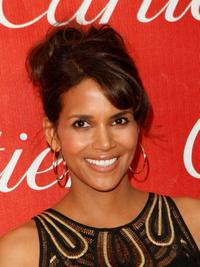Halle Berry at the 2008 Palm Springs International Film Festival Awards Gala.