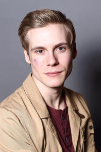 Zachary Booth at the portrait session of