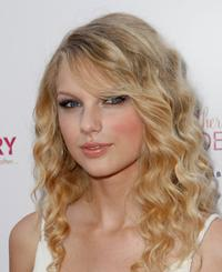 Taylor Swift at the premiere of