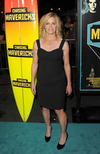 Elisabeth Shue at the California premiere of