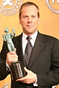 Kiefer Sutherland at the 12th Annual Screen Actors Guild Awards.