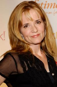 Lea Thompson at the Women Rock! Girls & Guitars Third Annual Concert For The Fight Against Breast Cancer.