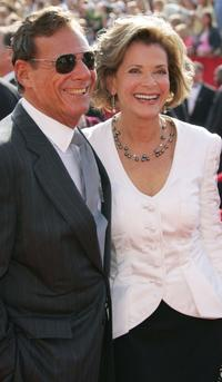 Jessica Walter and Ron Leibman at the 57th Annual Emmy Awards.