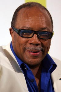 Quincy Jones at the 2005 MTV VMA's Hosted By Diddy.