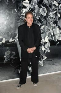 Richard Lewis at the private opening of Dennis Hoppers