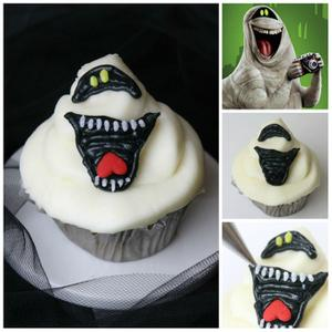 Hotel T2: Make Mummy Cupcakes Inspired by Murray