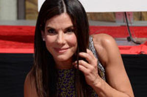 'Gravity' Star Sandra Bullock Cements Herself into History