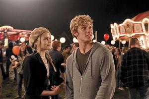 "Dianna Agron as Sarah and Alex Pettyfer as John in ""I Am Number Four."""
