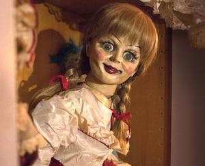 Check out all the creepy movie photos from 'Annabelle'