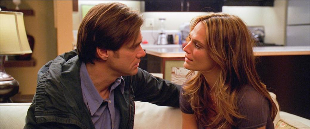 Jim Carrey as Carl and Molly Sims as Stephanie in